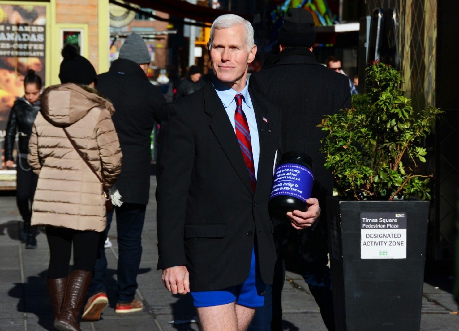 Glen Pannell (Mike Hot-Pence)