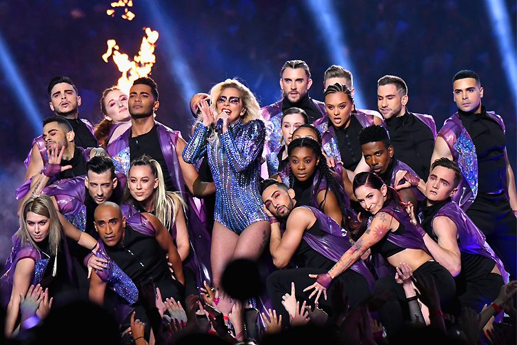 express Lady Gaga sings at Super Bowl LI