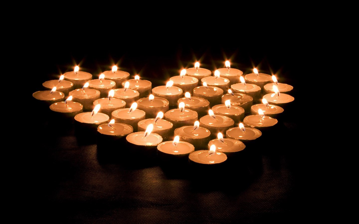 gay-express-ending-aids-together-candlelight-memorial