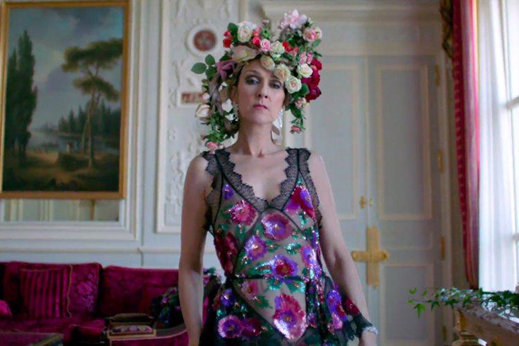 express-Celion-Dion-Vogue-Couture-Paris
