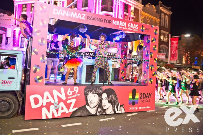 HamidMousa_MardiGras15_Parade_Quick_2500-59