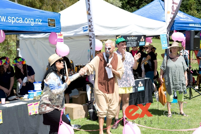 Woof! The Auckland Rainbow Dog Show
